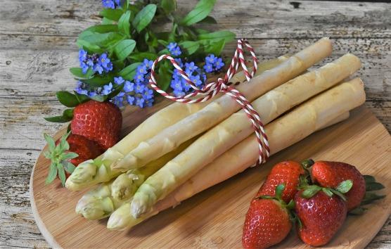 asparagus-4140312_1920